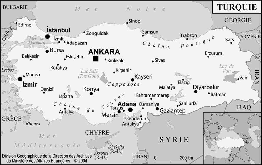 Le centenaire de la bataille  des Dardanelles, Revue Défense Nationale, N°780, mai 2015.